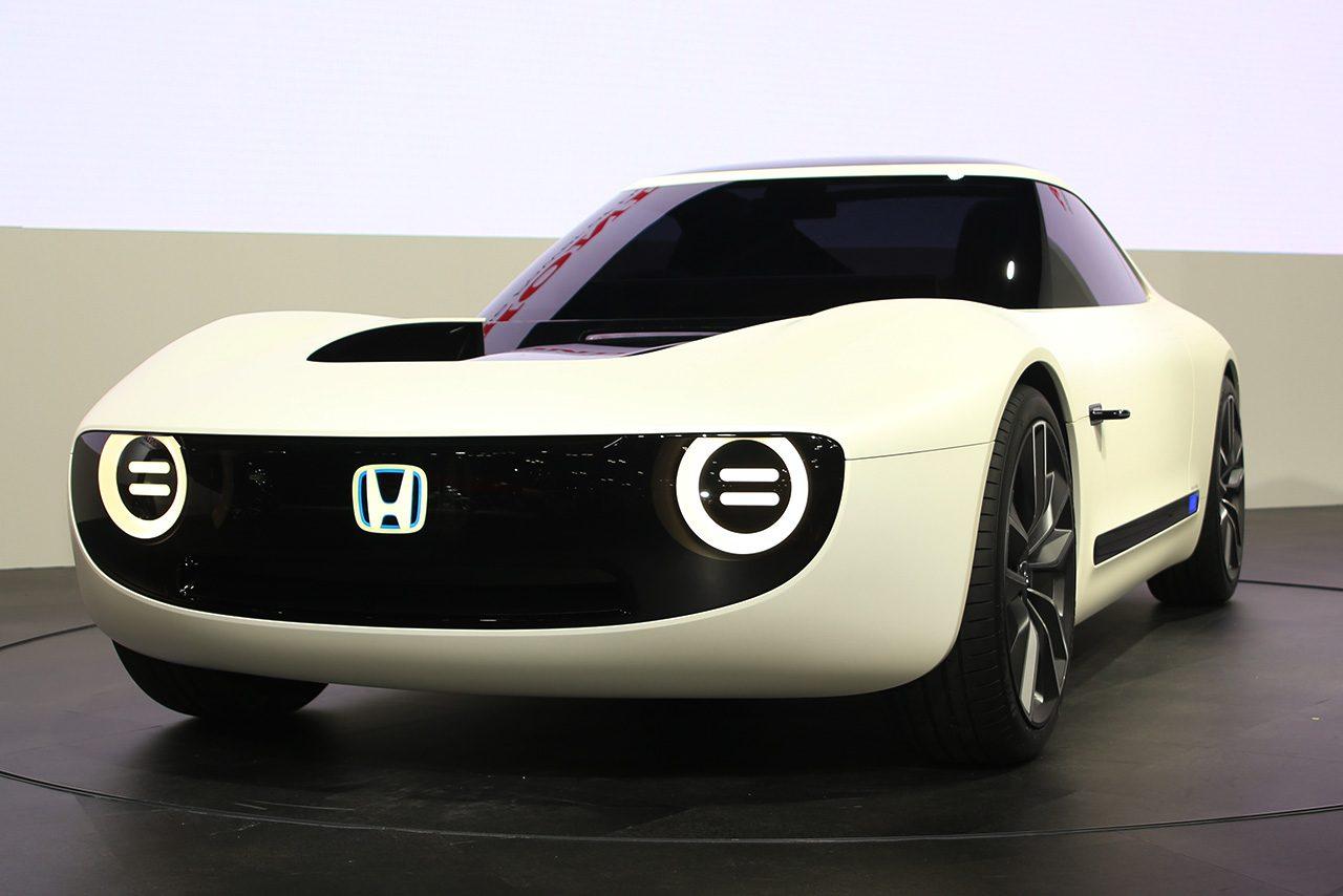 ホンダ、東京モーターショーでEVコンセプトなど世界初公開。スーパーカブ、モンキーの実車も