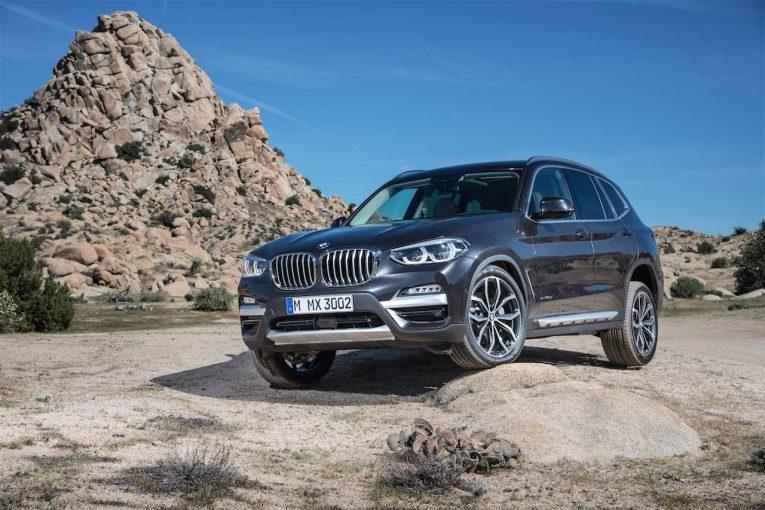 クルマ   50:50の重量配分は健在。革新的運転支援システム満載の新型『BMW X3』