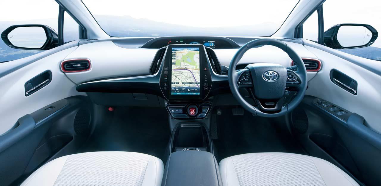 『トヨタ・プリウス』に安全性高めた特別仕様車が登場。誕生20周年限定車も