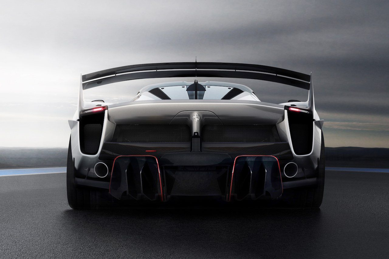 革新的装備満載の新型実験車両、『フェラーリFXX-K Evo』世界初公開