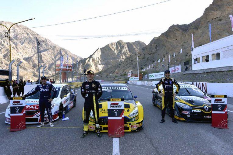 海外レース他   スーパーTC2000:プライベーター・フォードが予選レース勝利の大金星