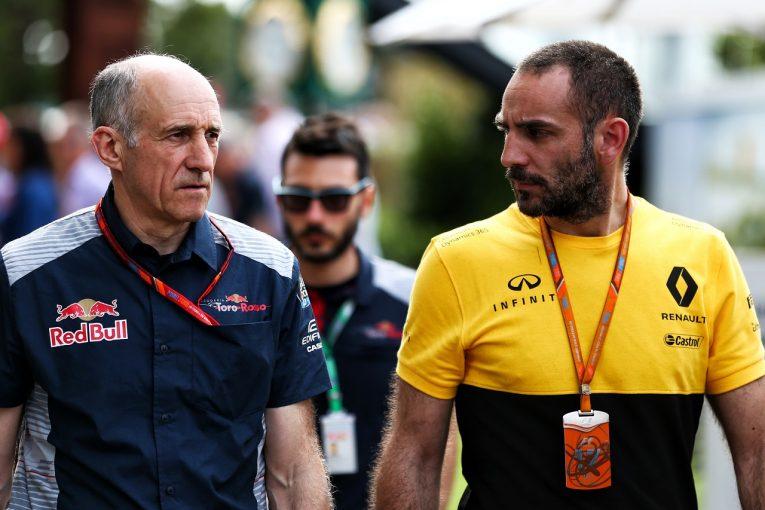 F1 | ルノーvsトロロッソのいさかいがPU供給停止のうわさにまで発展。レッドブルF1とプロストが火消しに走る