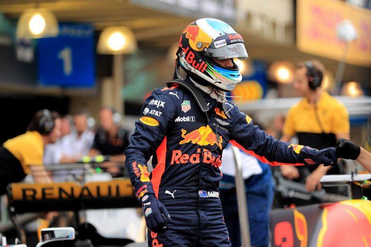 F1   リカルド予選5位「土曜日の謎に悩まされている」/F1ブラジルGP