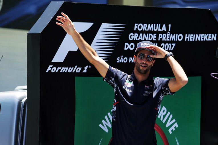 F1   リカルド「リスクを冒したことに後悔はない。後方からのスタートでは仕方なかった」/F1ブラジルGP日曜
