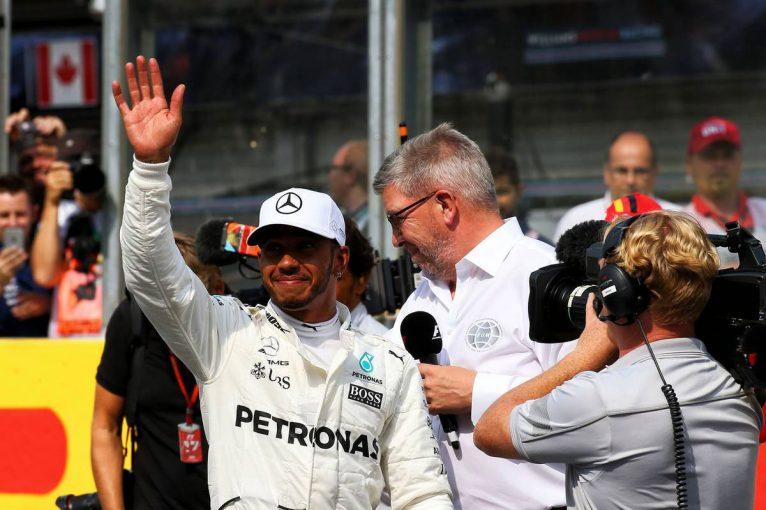 F1 | キャリアの転換点を語るハミルトン「今だから言うけど、メルセデス移籍の決め手になった人は……」