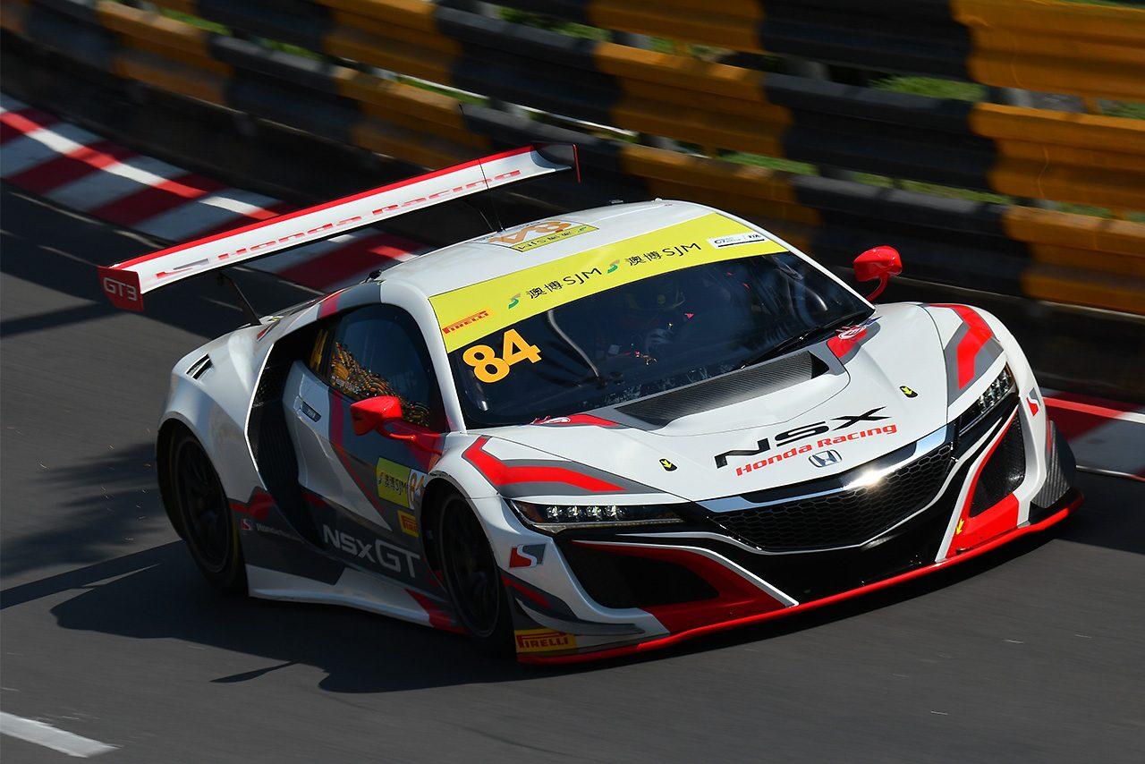 ホンダNSX-GT3デビュー戦のマカオGTワールドカップ開幕。FP1はメルセデスが上位に