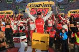 海外レース他 | NASCAR第35戦:マット・ケンゼス、51戦ぶりの優勝。トヨタは2台が最終戦プレーオフへ