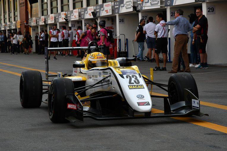 海外レース他   F3マカオGP:DRAGON、予選1回目のクラッシュにより左手薬指を骨折