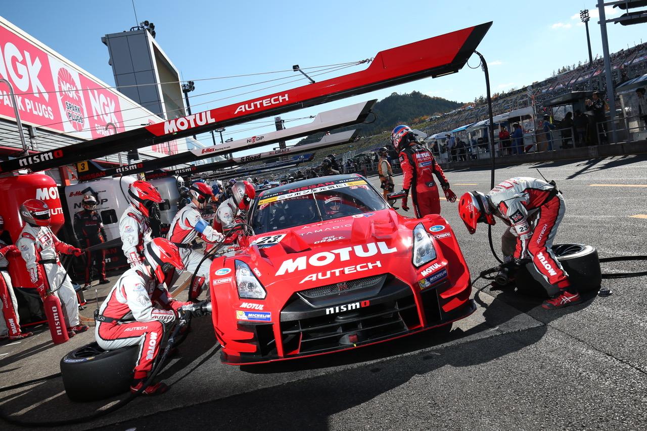 Gt500シーズンレビュー ニッサン編 苦しい時があったからこそ この終盤があった チーム首脳 ドライバーが語るv字回復とニスモの底力 スーパーgt Autosport Web