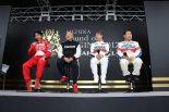 トークショーに登場した片山右京(左)、寺田陽次郎(中左)、星野一義(中右)、長谷見昌弘(右)