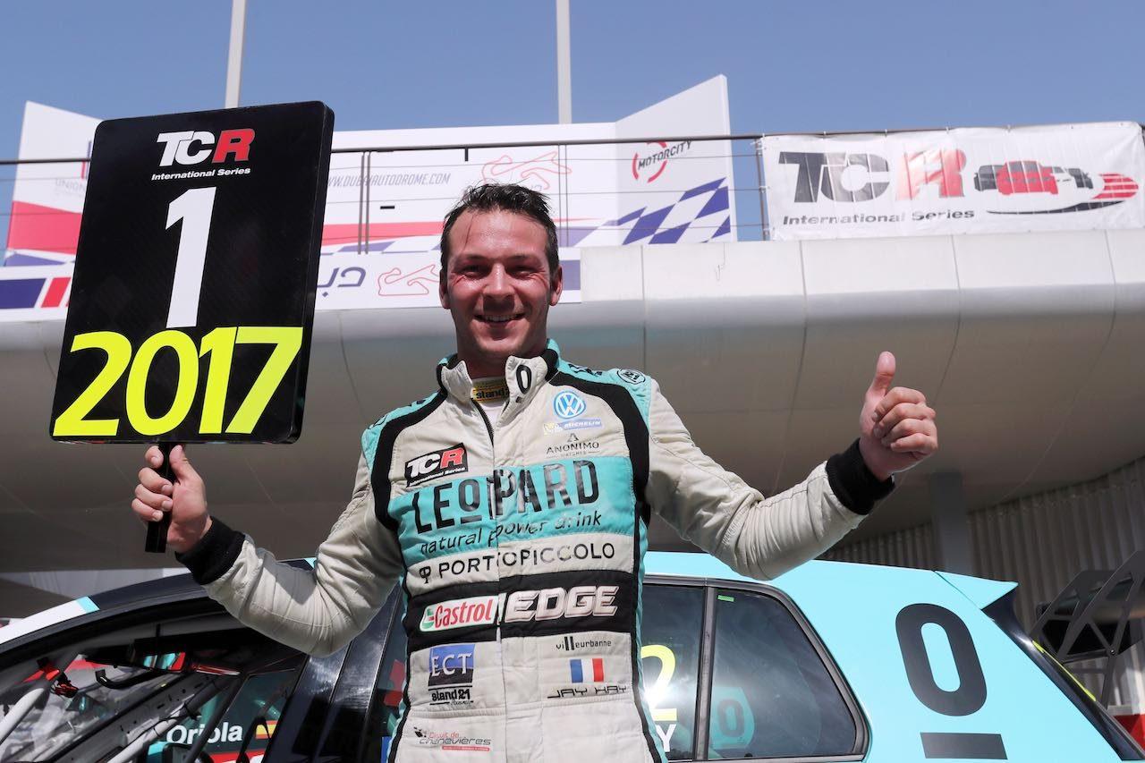 TCRインター:最終戦ドバイ。ジャン-カール・ベルネイが悲願の初タイトル獲得