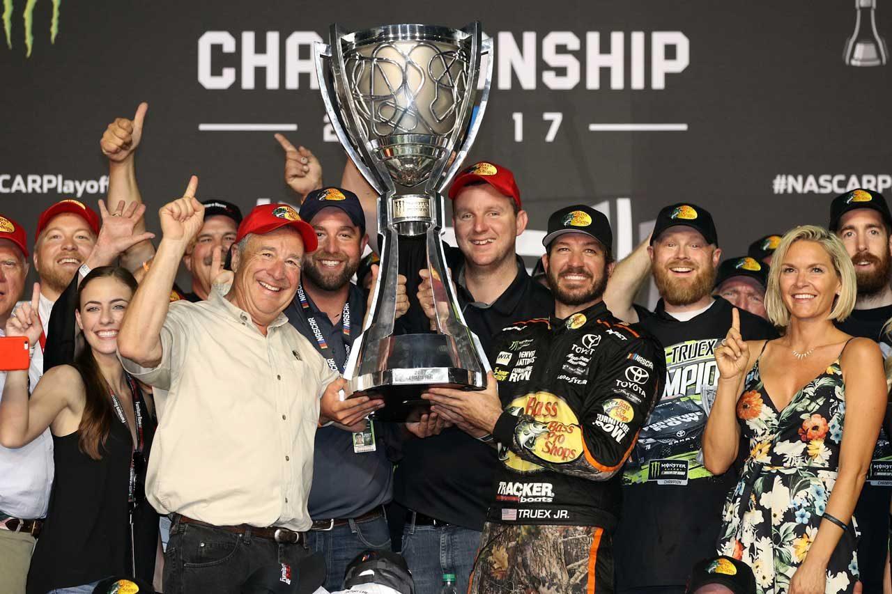 NASCAR:TOYOTA GAZOO Racing 2017第36戦ホームステッド レースレポート