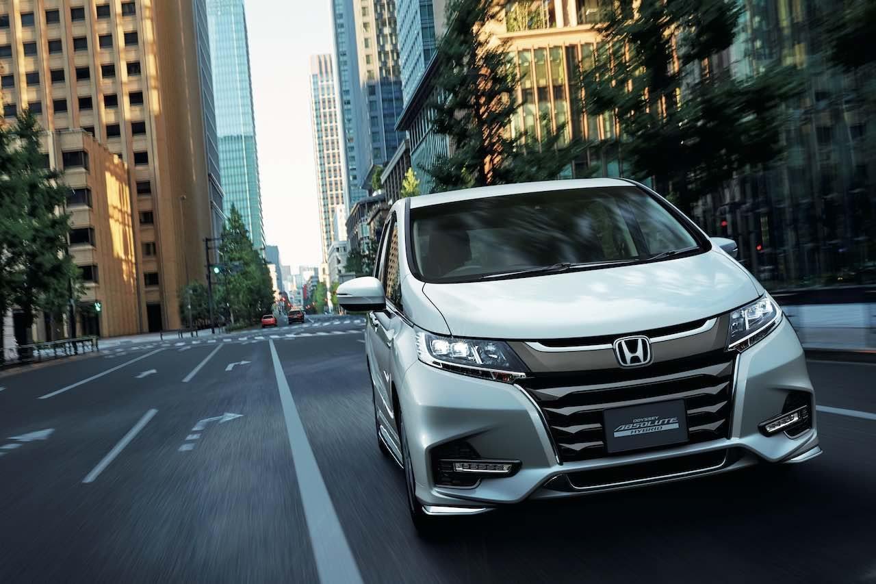新エクステリアの『ホンダ・オデッセイ』登場、先進安全装備も全車標準装備化