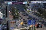 モタスポブログ | ビルの上にゴルゴ13、パドックの美女とカメラマンの本音/フォーミュラE香港現地ルポ4回目