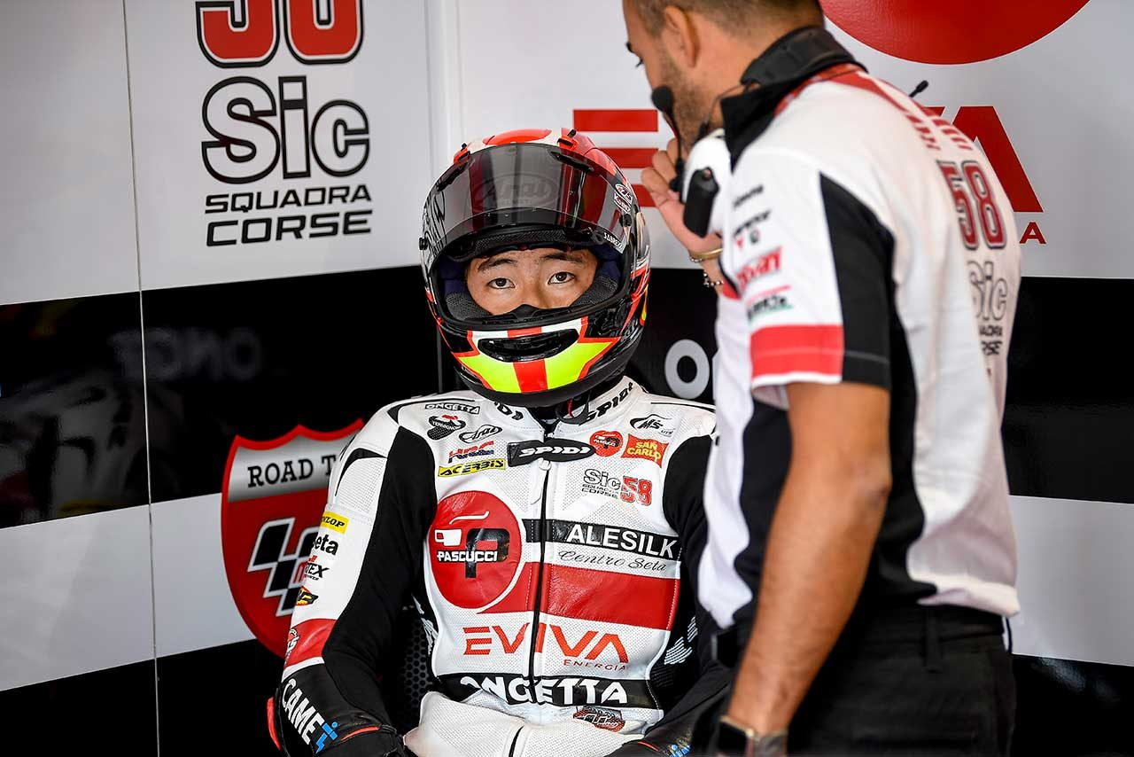 MotoGP:シモンチェリ財団のチャリティイベントに鈴木竜生らが参加