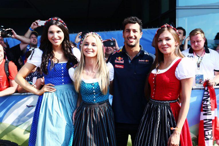 F1 | グリッドガール廃止説にドライバーたちが反対「F1から美しさをこれ以上奪わないで……」