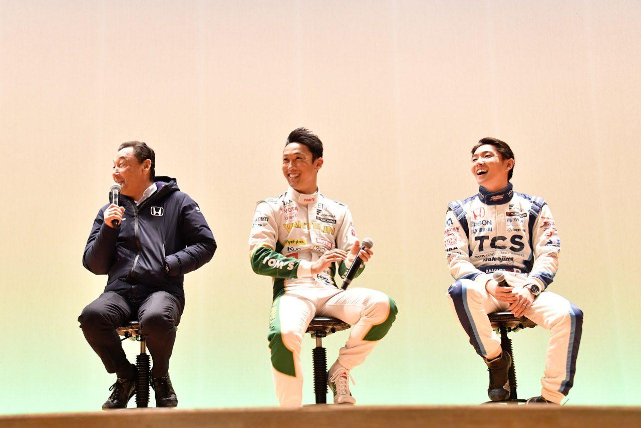 『岡崎モーターフェスティバル』が開催。中嶋ファミリーが2万2000人の前でデモランを披露