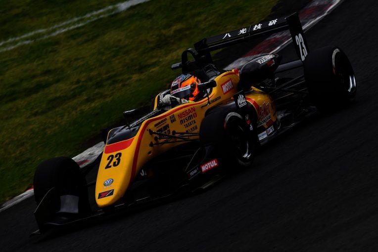 クルマ | フォルクスワーゲン、東京オートサロンで全日本F3チャンピオンマシンとゴルフGTI TCRを展示