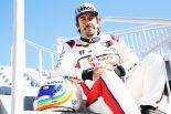 デイトナ用新デザインのヘルメットでテストに参加したフェルナンド・アロンソ