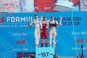 表彰台に上ったセバスチャン・ブエミ(左)、フェリックス・ローゼンクビスト(中央)、サム・バード(右)