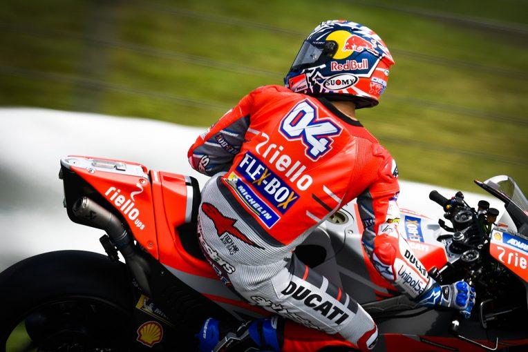 MotoGP | MotoGP:2018年型デスモセディチGPはコーナリングが改善されたとロレンソ&ドビジオーゾ