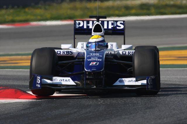 F1開幕戦オーストラリアGPフリー走行2回目:ロズベルグが引き続いてトップタイム(1)