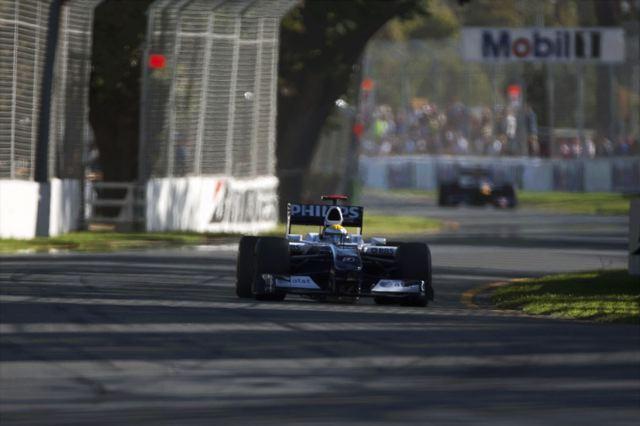 F1開幕戦オーストラリアGPフリー走行3回目:ロズベルグが好調維持のトップタイム、トゥルーリが2番時計(1)