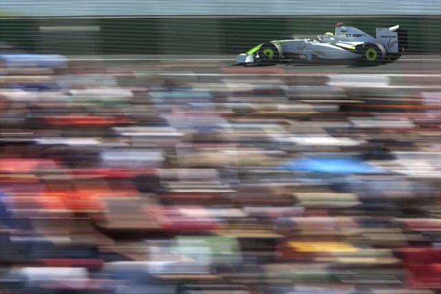 F1開幕戦オーストラリアGP決勝:ブラウンGPが快挙! バトン、バリチェロで1-2フィニッシュ(1)