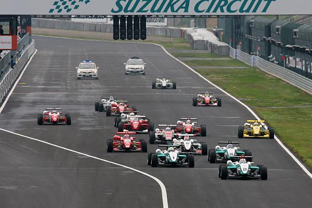 全日本F3第6戦:国本雄資が初優勝! またもトムスがトップ3独占(2)