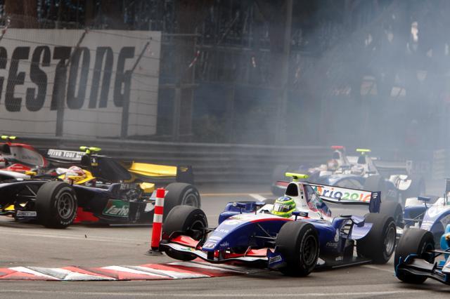 GP2モナコ、ペナルティにより第1レースの結果が変更に(1)