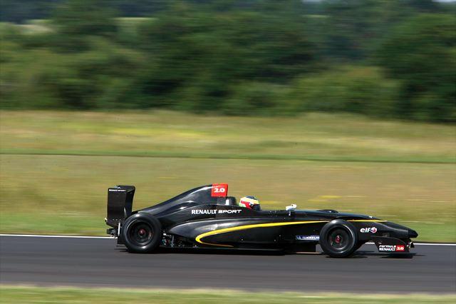 2010年型フォーミュラ・ルノー2.0が初テスト走行(2)