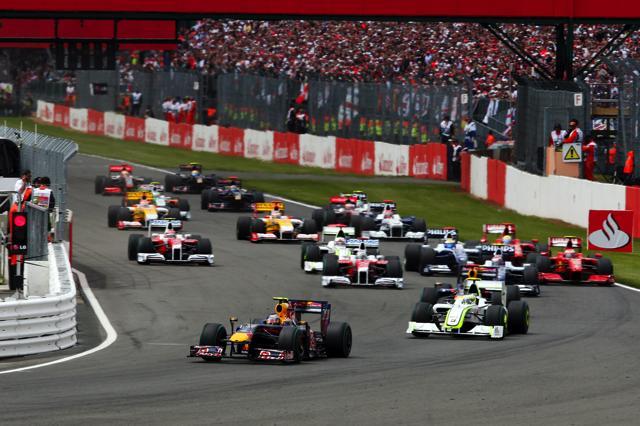 F1イギリスGP、ベッテルがポール・トゥ・ウィン! レッドブルが1-2(2)