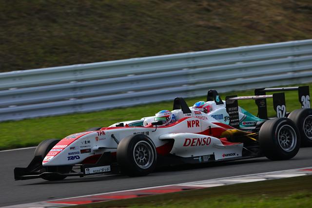 全日本F3第7戦富士:国本連勝! トムスがまたも表彰台を独占(4)