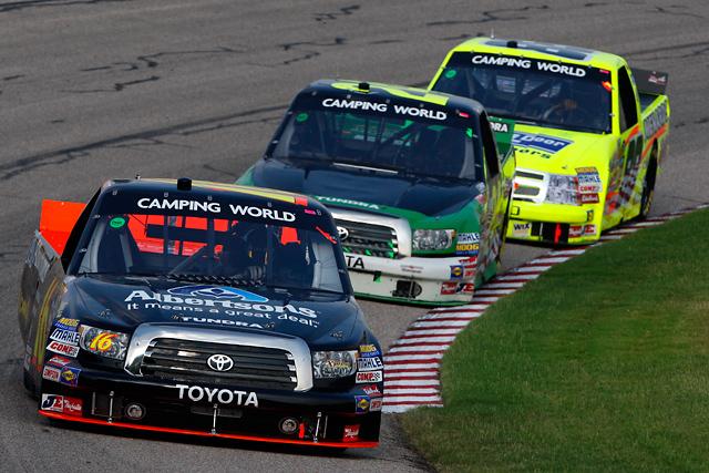 """【トヨタモータースポーツニュース】NASCAR TRUCK SERIES第11戦 """"トヨタ タンドラ""""が2-3-4フィニッシュ(1)"""