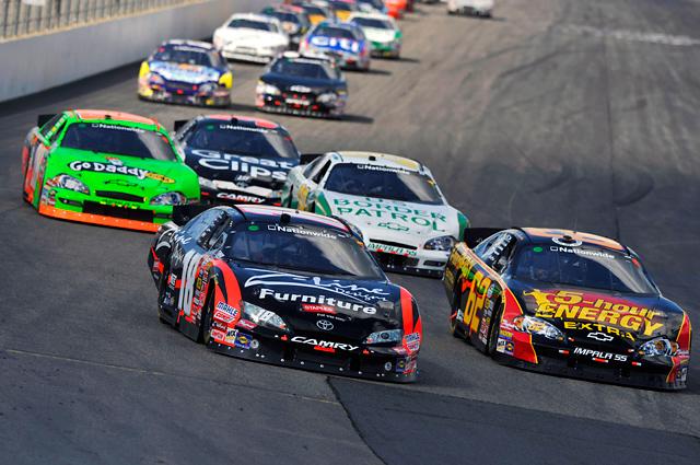 """【トヨタモータースポーツニュース】NASCAR NATIONWIDE SERIES第16戦 """"トヨタ カムリ""""1-2フィニッシュ!(2)"""