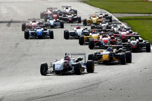 イギリスF3、来年は3レース制に?(1)