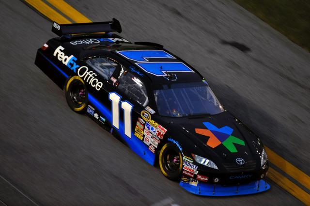 【トヨタモータースポーツニュース】NASCARデイトナ 最終周に首位のカイル・ブッシュがクラッシュ!デニー・ハムリンが3位(1)