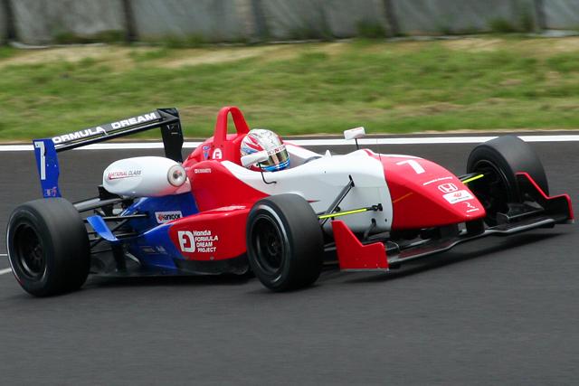 全日本F3第9・10戦予選:国本、エリクソンがPP獲得(4)