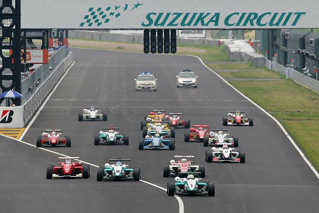 全日本F3第10戦:エリクソン、逃げ切りでポール・トゥ・ウイン(2)