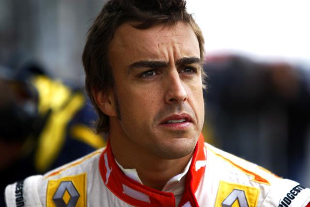 ルノー&アロンソ、アロンソの来季フェラーリ入りを否定(1)