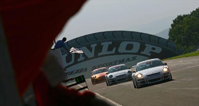【ポルシェジャパン】ポルシェ カレラカップ ジャパン 2009 第6戦 (菅生) レースレポート(2)