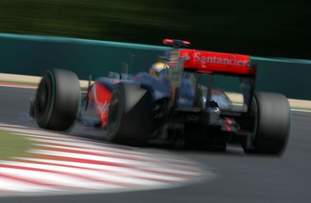 F1ハンガリーGP決勝:マクラーレンのハミルトンが今季初優勝! フェラーリもライコネンが2位(1)