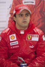 F1   マッサ、懸念された左目は問題なし。歩行できるまでに回復