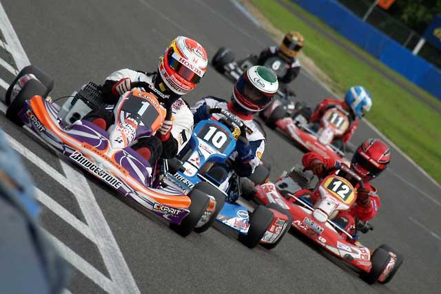 ARTAカップカートレース:ゲストドライバーと言えども、井出が見せた勝利への執念(2)