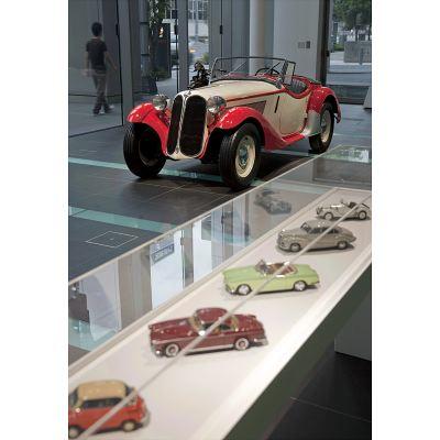 【BMW Group PressClub Japan】BMW Group StudioでBMWデザインの系譜を展示(5)