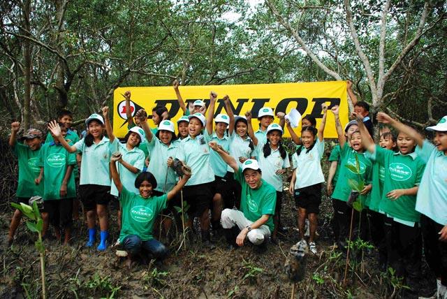 【住友ゴムグループ】ダンロップ お客様参加型の植樹キャンペーン「Team ENASAVE」植樹活動をタイで開始(1)