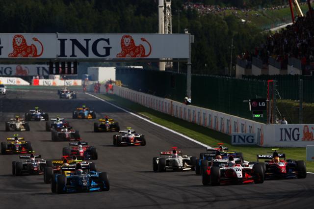 GP2第15戦スパ・フランコルシャン:シリーズ100戦目の勝者はパレンテ(2)