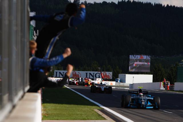 GP2第15戦スパ・フランコルシャン:シリーズ100戦目の勝者はパレンテ(5)