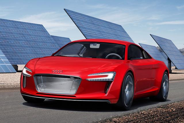 【アウディジャパン】アウディ、フランクフルトショーにおいてコンセプトカー「アウディ e-tron」を発表(1)