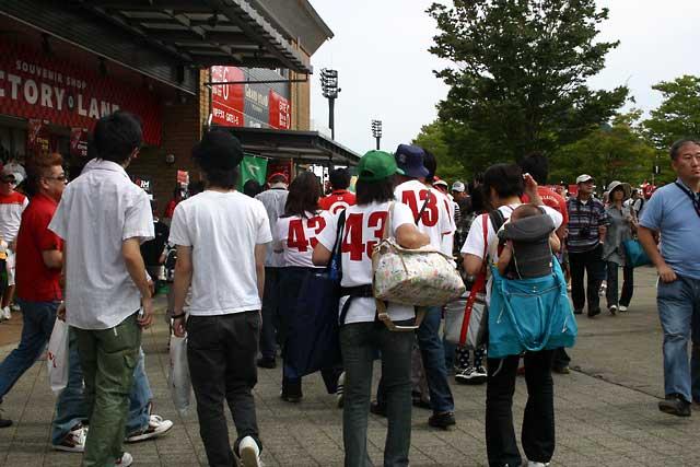 IRL第16戦インディジャパン:応援団